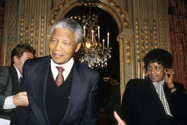 Nelson Mandela With his Wife Winnie in Paris, June 8Th, 1990 (photo)