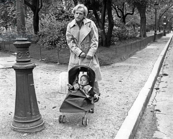 Klaus Kinski and his Son Nicolai on May 25, 1977 in Paris (b/w photo)