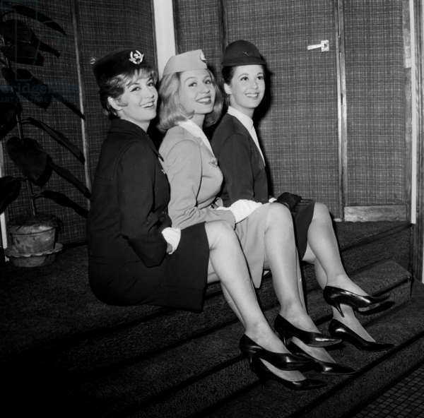 "Veronique Silver (Virlojeux) , Annick Bouquet and Jenny Dolcey in Play ""Boeing Boeing"" September 27, 1963 (b/w photo)"