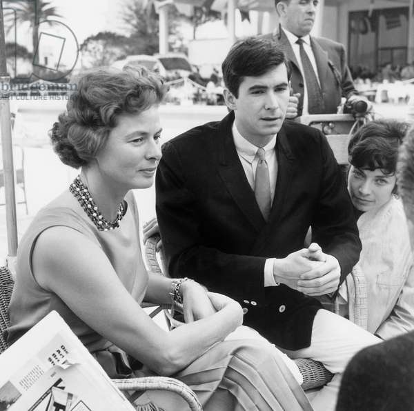 Ingrid Bergman and Anthony Perkins at Cannes Film Festival on May 17, 1961 (b/w photo)