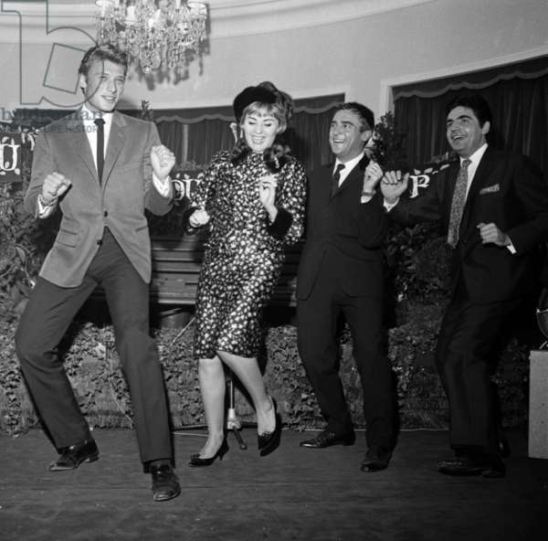 Johnny Hallyday, Annie Cordy, Jean Marc Thibault and Roger Pierre at Cocktail of Rtl Radio, October 20, 1962 (b/w photo)
