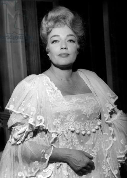 Simone Signoret in A Play By Pierremondy in Paris on November 28, 1962 (b/w photo)