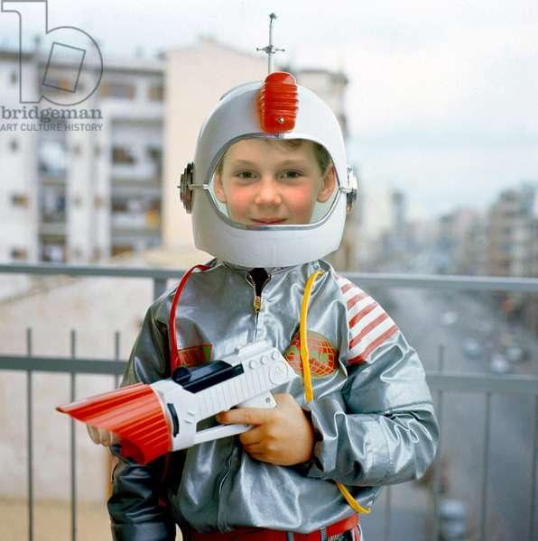 Child Dressed Up As Cosmonaut 1971 (photo)