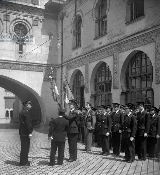 The Bartel year at the Ecole Coloniale (Ecole nationale de la France d'outre-mer), Paris, June 26, 1949 (b/w photo)
