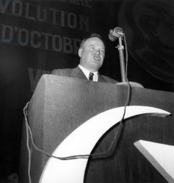 Speech of General Secretary of French Communist Party Maurice Thorez November 05, 1948 (For The Commemoration of The October Revolution -November After The Gregorian-Calendar) (b/w photo)