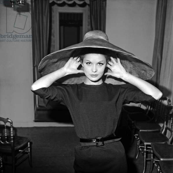 Hat By Jacques Esterel For Spring Summer 1963, January 28, 1963, Paris (b/w photo)