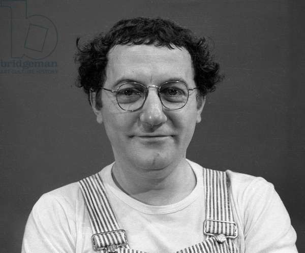 "Coluche during the ""Show Coluche"" on October 4, 1974 (b/w photo)"