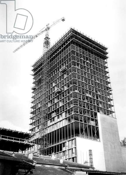 Building of Skyscraper in Paris June 08, 1960 (b/w photo)
