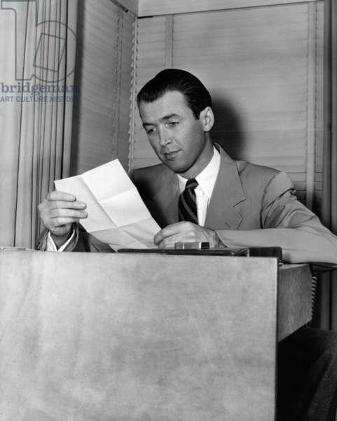 L'Acteur Americain James Stewart (1908-1997) (b/w photo)