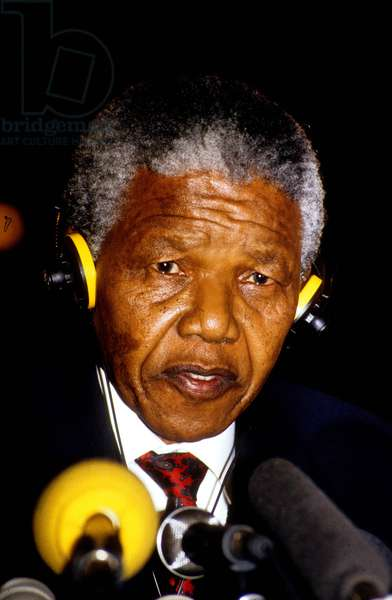 Press Conference of Anc Leader Nelson Mandela in Paris on his Visit in France and Before Departure To-Geneva during his European Tour June 08, 1990 (photo)