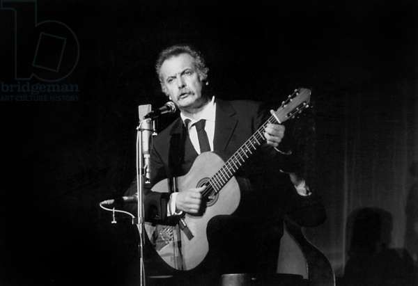 Georges Brassens on Stage in Bobino October 12, 1972 (b/w photo)