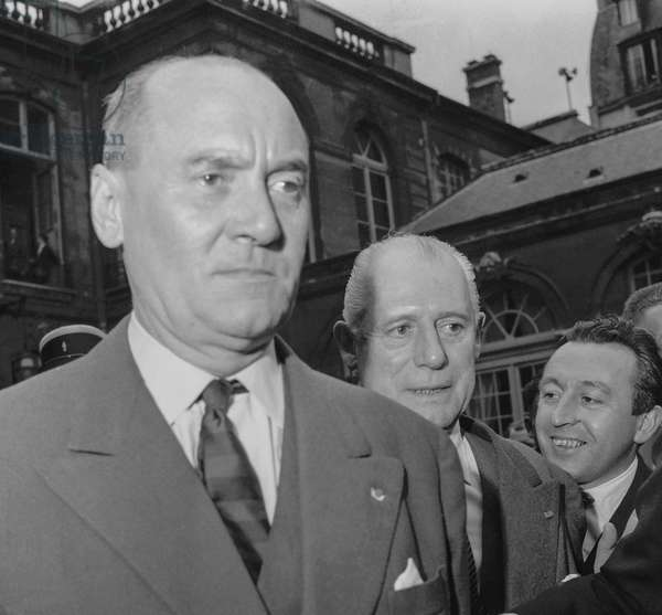 Algerian war : French generals Edmond Jouhaud and Raoul Salan leaving Matignon Hotel after meeting with DeGaulle, Paris, June 3, 1958 (b/w photo)