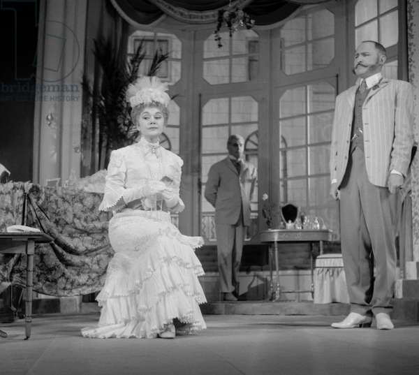 """Play """"Constance"""" (by SomersetMaugham), Theatre Sarah-Bernhardt, Paris, October 14, 1960 : French actress Edwige Feuillere (b/w photo)"""