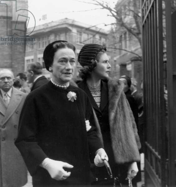 Funeral of Christian Dior October 29, 1957 : Duchess of Windsor (Wallis Simpson) and Pamela Churchill (b/w photo)