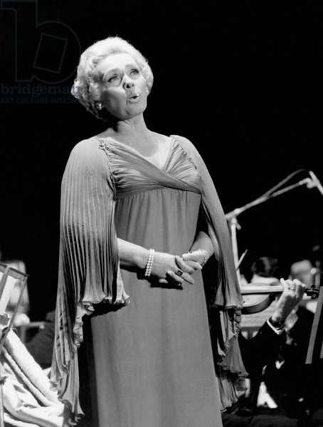 Elisabeth Schwarzkopf during a recording of a typogram at the Casino de Paris, 1970 (b/w photo)