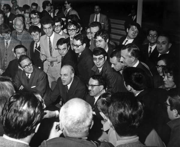 From Left to Right Edmond Pirlot Vice President De Saint Gobain And Arnaud De Vogue President At The Company's Headquarters In Neuilly Receiving Noubreux Visitors January 12, 1969 (b/w photo)
