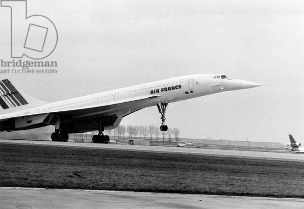 First Fligth Between Paris and Rio De Janeiro of Famous French Plane Concorde in Departure From Roissy Airport January 21, 1976 (b/w photo)