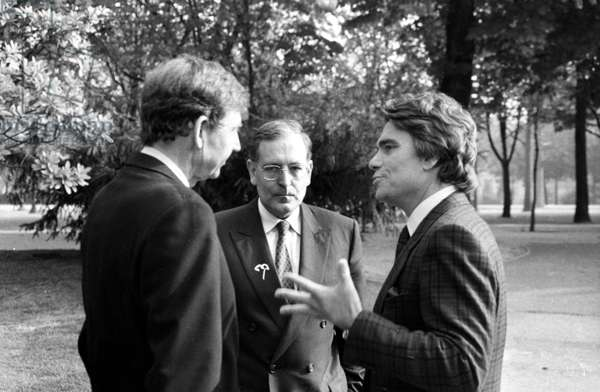 Etienne Mougeotte, Patrick Le Lay and Bernard Tapie (Television Channel Tf1) on March 30, 1990 (b/w photo)