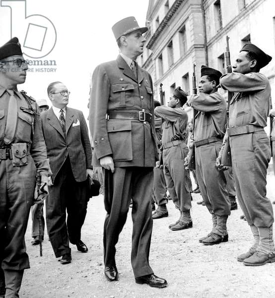 General De Gaulle Reviewing The Pacific Batallion during Parade at The Arc De Triomphe in Paris September 18, 1945 (b/w photo)