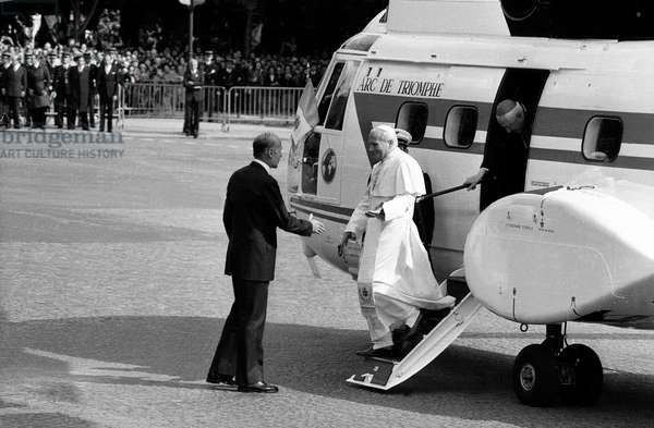 Pope John Paul Ii (Karol Wojtyla) Arriving in Paris, on Champs Elysees, Welcome By French President Valery Giscard D'Estaing May 30, 1980 (b/w photo)