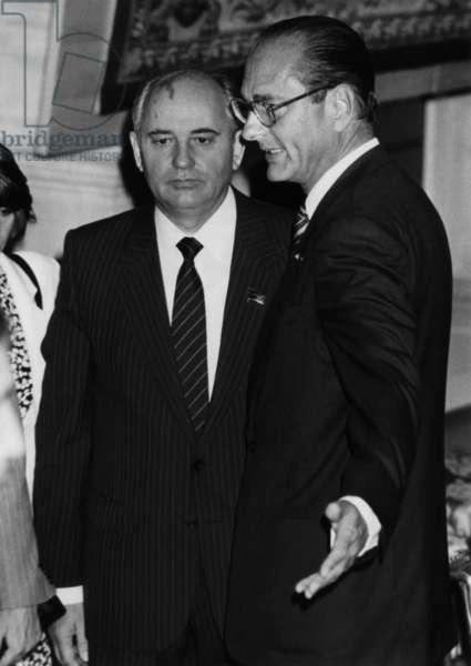 Mikhail Gorbatchev Recu At L'Hotel De Ville By Jacques Chirac, Mayor Of Paris. October 3, 1985 (b/w photo)