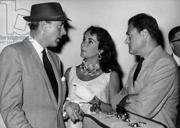 Michael Wilding, Elizabeth Taylor and Mike Todd, Cote d'Azur Airport, June 1957 (b/w photo)