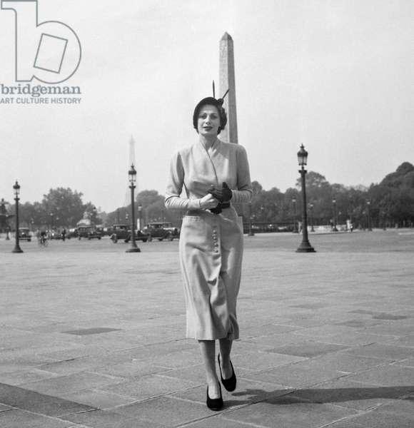 Pierre Clarence fashion, Paris, September 30, 1949 (b/w photo)
