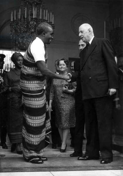 The President of Zambie Kenneth Kaunda Shaking Hands With The French President Charles De Gaulle,And at Middle Distance (L-R) his Wife Betty Kaunda and Yvonne De Gaulle at The Elysee Palace in Paris, September 17, 1968 (b/w photo)