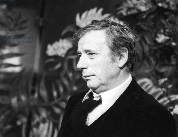 """French tvprogram """"Banc public"""" on January 11, 1975 : Yves Montand (b/w photo)"""