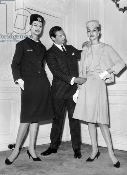 Couturier Marc Bohan (Dior) Presenting New Uniforms For Air France Stewardess 1962 (b/w photo)