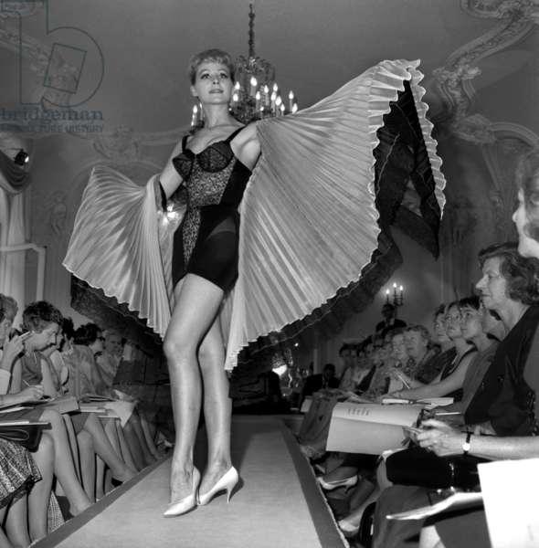 Triumph Present In His Parisian Salons On 25 July 1962 Neg: B47191 (b/w photo)