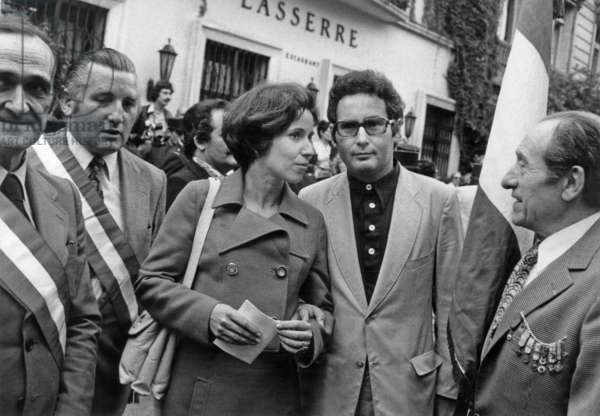 Demonstration Outside German Embassy in Paris in Favor of Beate Klarsfeld (C With Flowers) Who Has Been Condemned To Prison July 11, 1974 : here Beate Klarsfeld and her Husband Serge (b/w photo)