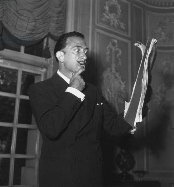 Salvador Dali Speaking About his 'Manifeste Mystique', June 18Th 1951 (b/w photo)