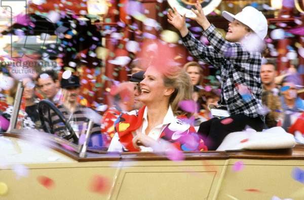 April 11, 1992 : Celebration of Opening of Eurodisney (Disneyland Paris) : Candice Bergen (photo)