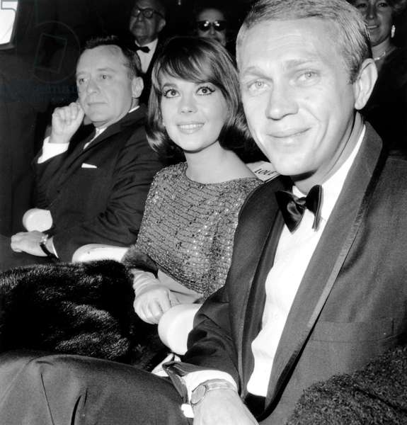 Natalie Wood and Steve Mc Queen at Premiere of Film Love With The Proper Stranger in Paris on September 18, 1964 (b/w photo)