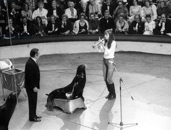 Jane Birkin at Gala of Artists in Paris April 29, 1972 Neg: Cx5089 (b/w photo)