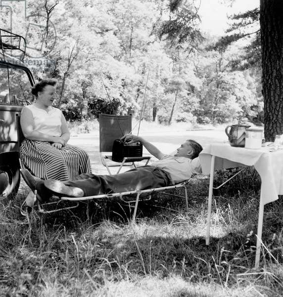 Heat in Paris : Picnic and Nap in The Wood of Boulogne Near Paris June 16, 1957 (b/w photo)
