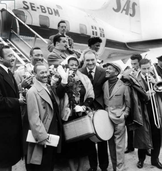 Ella Fitzgerald Greeted in Paris Airport By The Delta Rythm Boys (L), The Nicholas Brothers (Front Row), Producer Eddie Barclay (R) and Michel Attenoux and his Musicians April 1957 (b/w photo)
