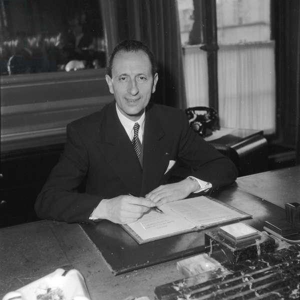 Paul Vialar, President of the Societe des Gens de Lettres, (Photography) 1952