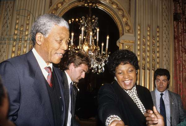 Nelson Mandela Leader De L'Anc And His Wife Winnie At A Press Conference in Paris June 8, 1990 (photo)