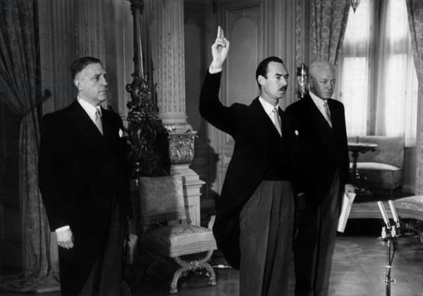 Prince Jean of Luxembourg (future Grand Duke) taking oath as lieutenant on may 4, 1961 in Luxembourg : l-r : minister Pierre Werner, prince Jean de Luxembourg, Mr Loesch (b/w photo)