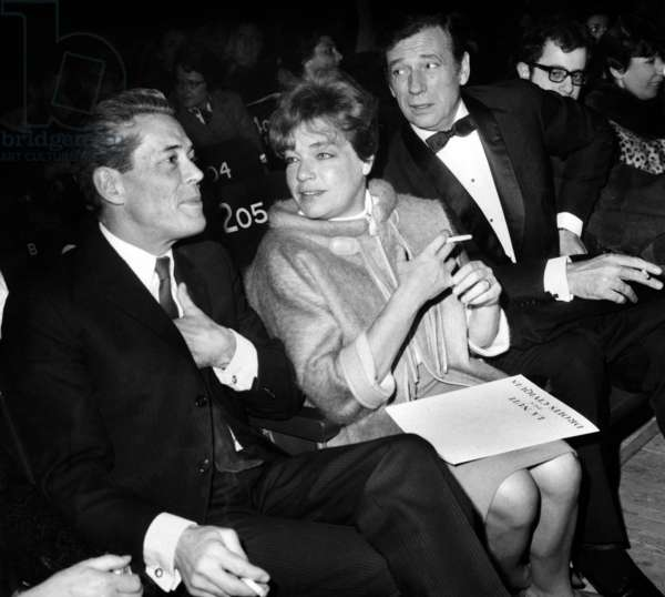 Professor Jacques Monod, Simone Signoret and Yves Montand during Gala in Paris To The Benefice of The Civil Rights in Unites States March 29, 1966 (b/w photo)