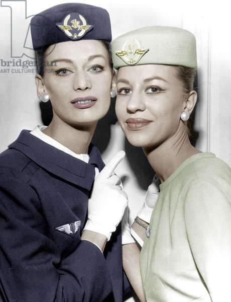 Air France Company Stewardesses May 1960 (Uniform By Georgette De Treze) (photo)