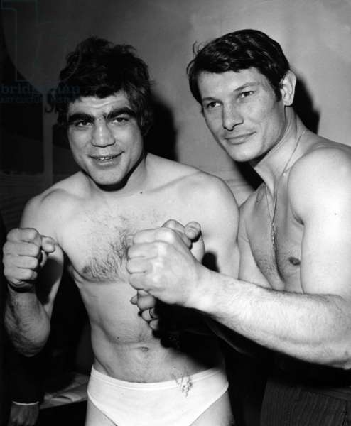 During the Pesee, Boxers Jacques Marty (Left) and Di Benedetto Before Their Fight At The Sports Palace At The Porte De Versailles On April 17, 1967. (b/w photo)