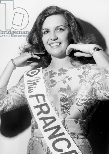 Miss France 1969 : Suzanne Angly (b/w photo)