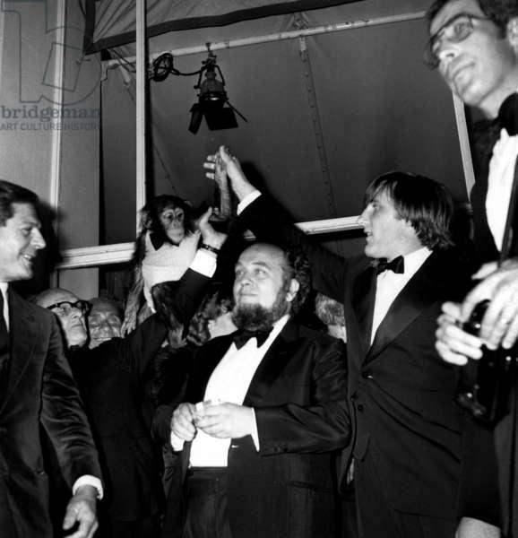 Marcello Mastroianni Marco Ferreri Gerard Depardieu and Chimpanzee Bella at Cannes Film Festival May 29, 1978 (b/w photo)