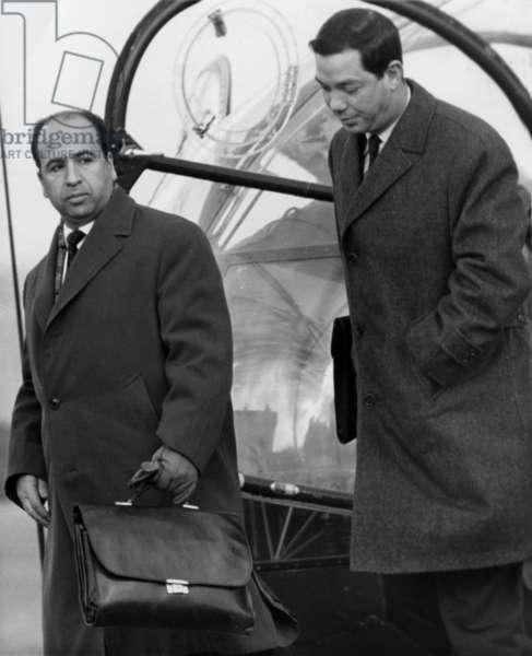 Algerian War : Negotiations of Evian, Mars 1962 : Belkacem Krim and the Colonel Ben Mostefa Benaouda (b/w photo)