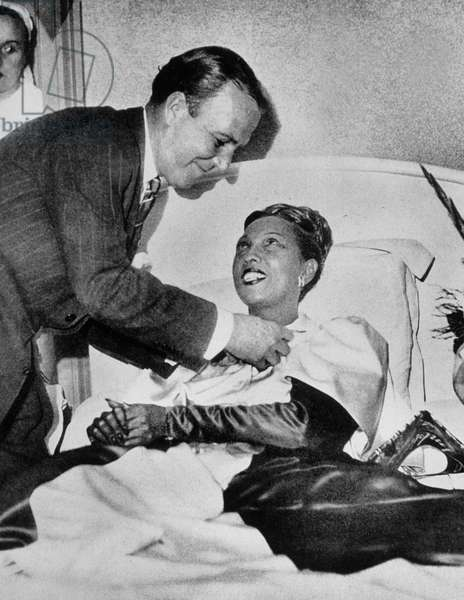 Josephine Baker (1906-1975) Has Received Medal of Resistance From Colonel De Baucheron De Boissoudy For her Role during War, October 1946 in A Private Hospital in Neuilly (b/w photo)