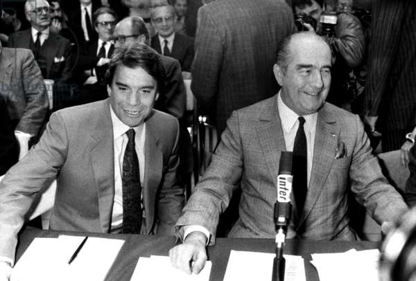 Bernard Tapie and Francis Bouygues on April 3, 1987 (b/w photo)