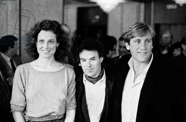 Sigourney Weaver, Daniel Vigne and Gerard Depardieu at Cannes Film Festival May 15, 1985 For Film One Woman Or Two Cinema (b/w photo)